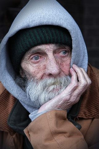 A Sad old man