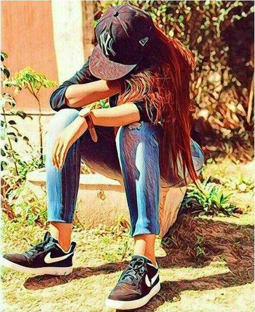 girl is weeping alone Because of her boyfriend breakup whatsapp