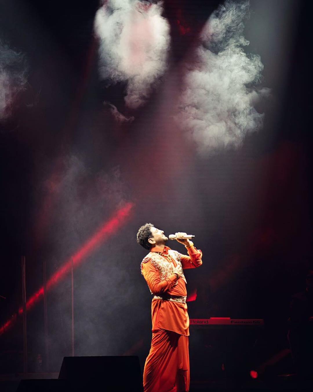 Gurdas Maan on stage