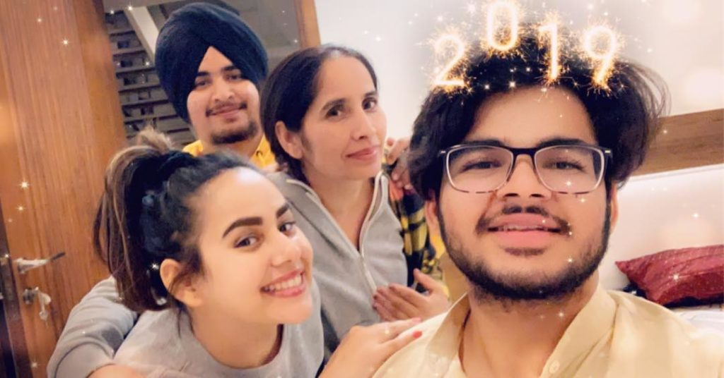 sunanda sharma family