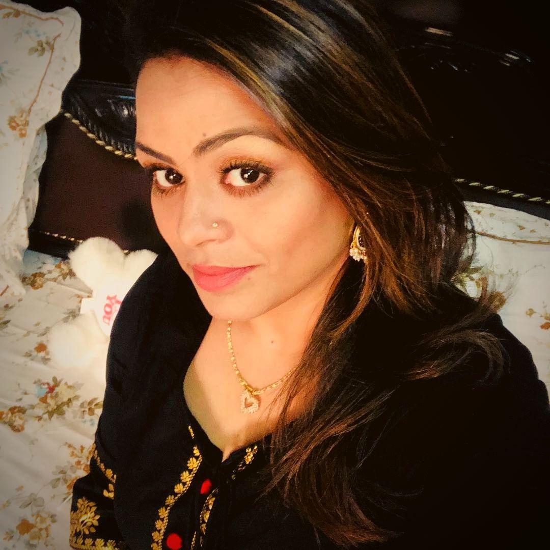 Gurlej Akhtar selfie