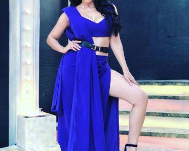 Reyhna Malhotra sexy