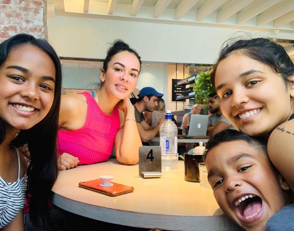 Aesha Family