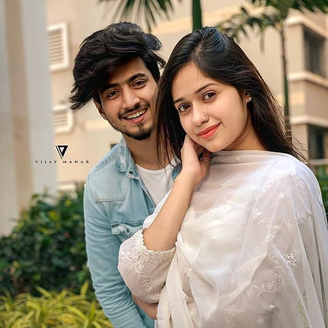 stylish couple profile pictures