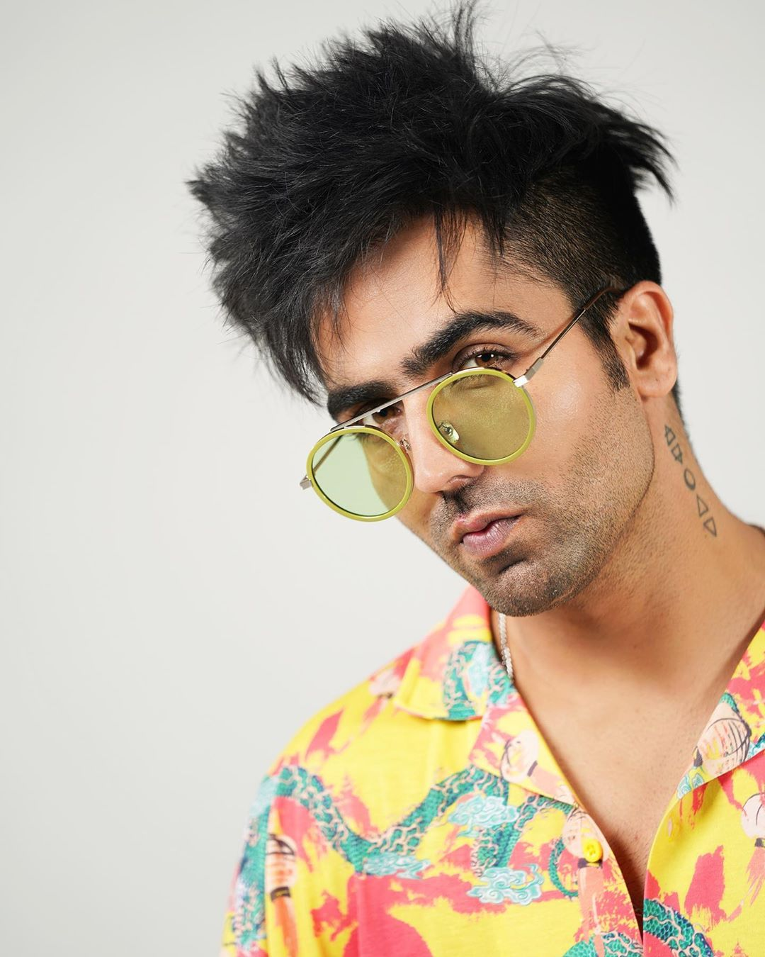 hardy Sandhu hairstyle pic